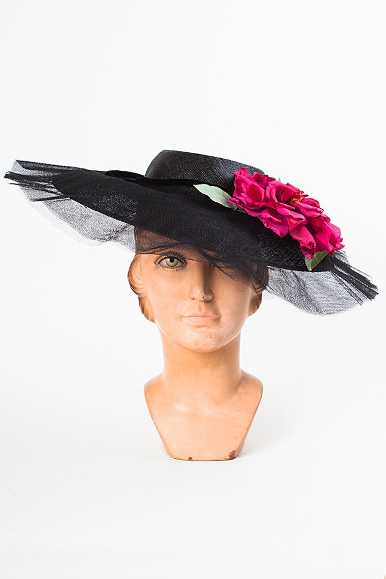 36a5b4ffe2964 Vintage 1940s Wide Brim Black Straw Hat with Hot Pink Silk and