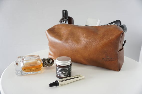 Men s Finest Leather Toiletry Bag Wash bag Travel bag  024ab2f590bcc