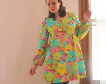 1960's Psychedelic Floral Mini Dress