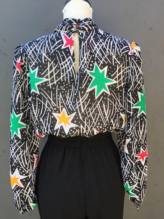 Star statement blouse - image 5