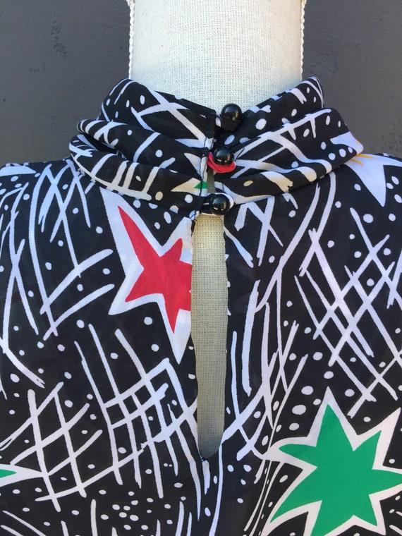 Star statement blouse - image 6