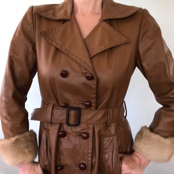 Leather trench coat - image 6