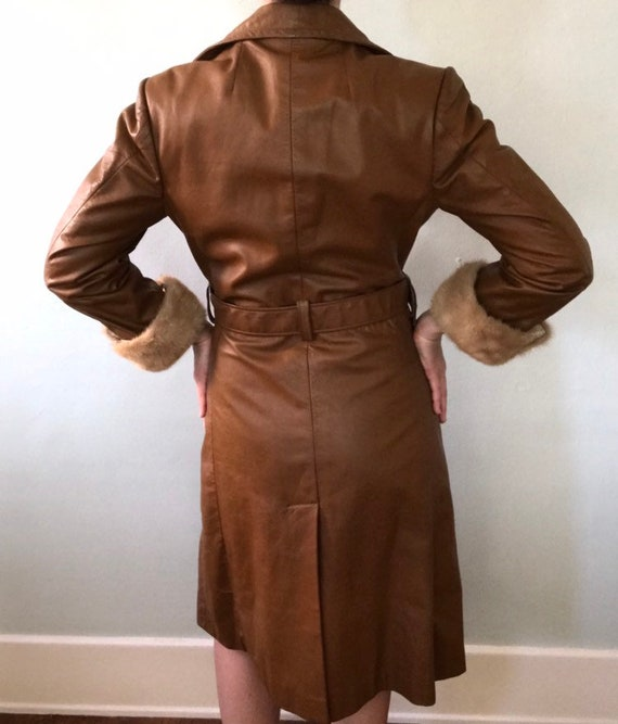 Leather trench coat - image 9