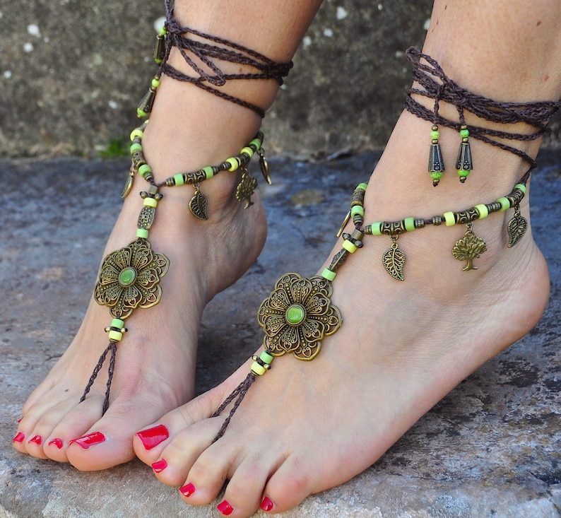 53033a5cdda7 Big Brass FLOWER BAREFOOT Sandals GREEN and brown Foot