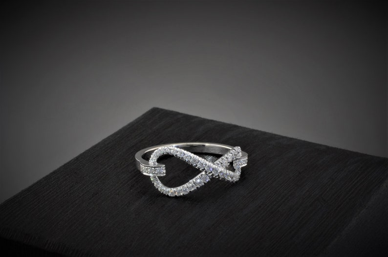 Infinity Symbol Sign Wedding Ring Infinity Diamond Ring Anniversary Wedding Diamond Ring 14K Gold Infinity Ring Women/'s Promise Ring