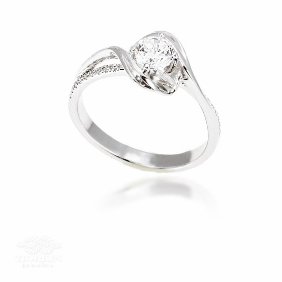 Solitaire Wave Engagement Ring with