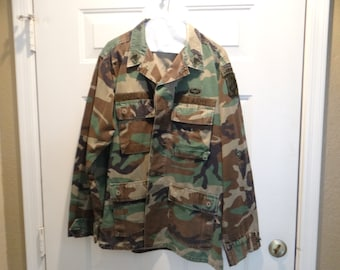 44 Chest Vtg Airborne Military Dress Jacket with Patches Sky Dragons Airborne Patched Dress Jacket