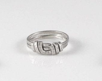 Ring Chiseled Hatam