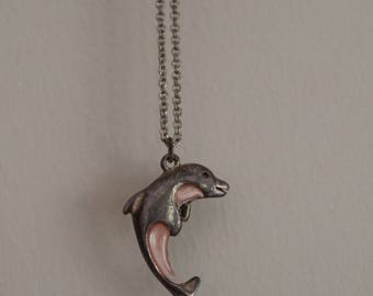 90's Silver Dolphon Necklace Pink Inlay