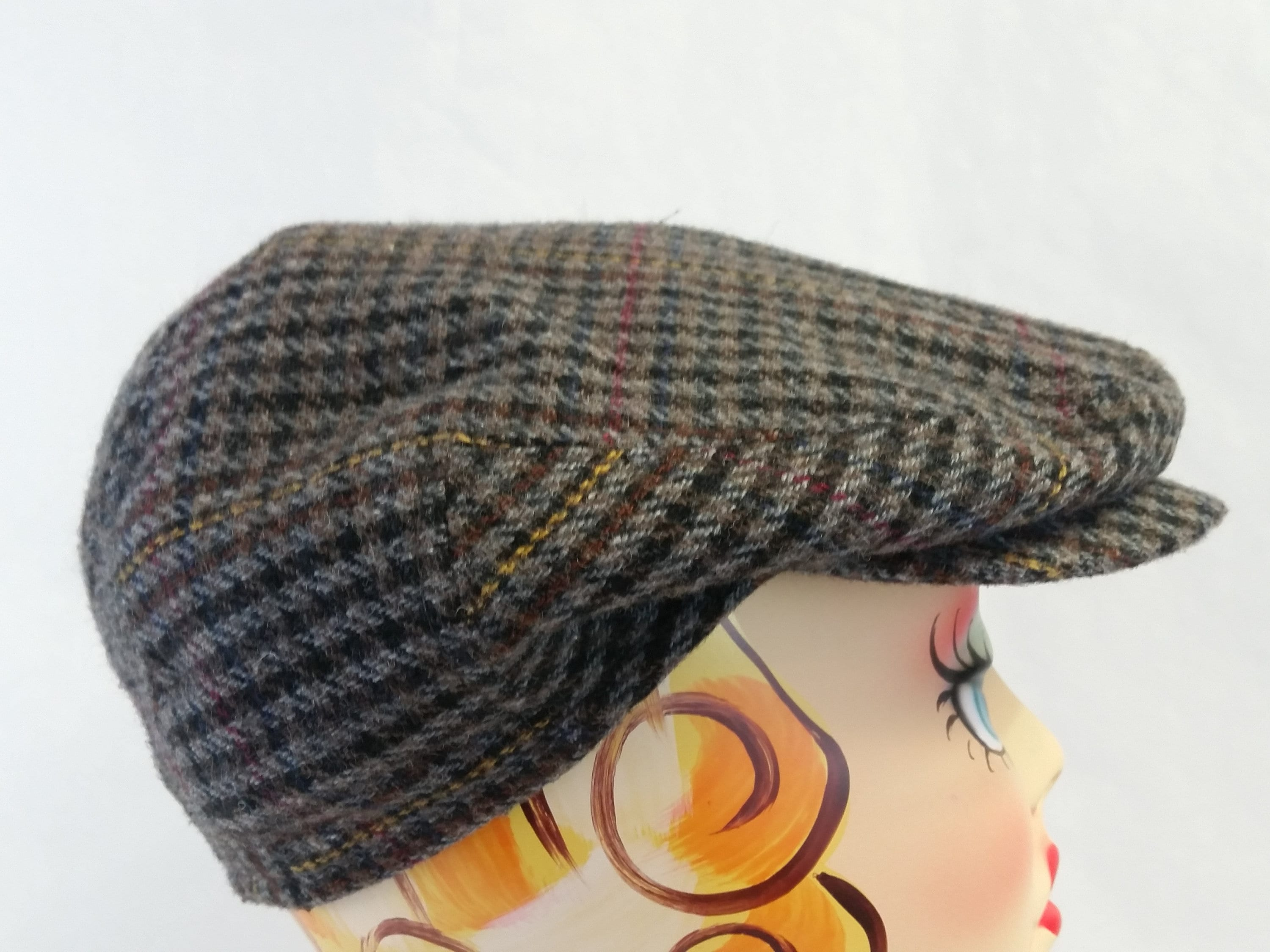 Vintage COUNTRY GENTLEMAN Plaid Italian Cabbie Cap Newsboy Hat  0f7834865e6