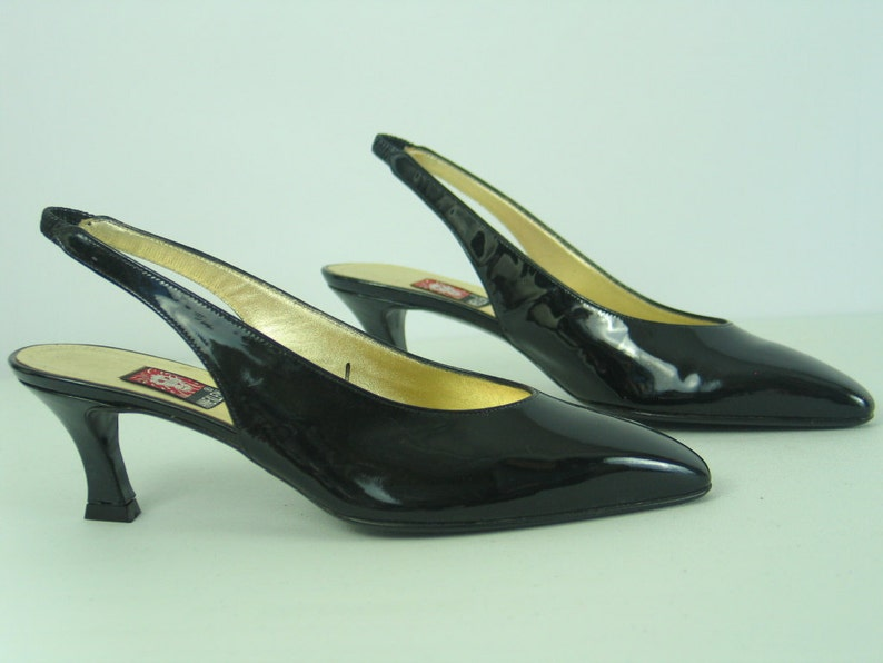 2523e3d79e7 Vintage ANNE KLEIN Black Patent Leather Sexy Slingback Heels