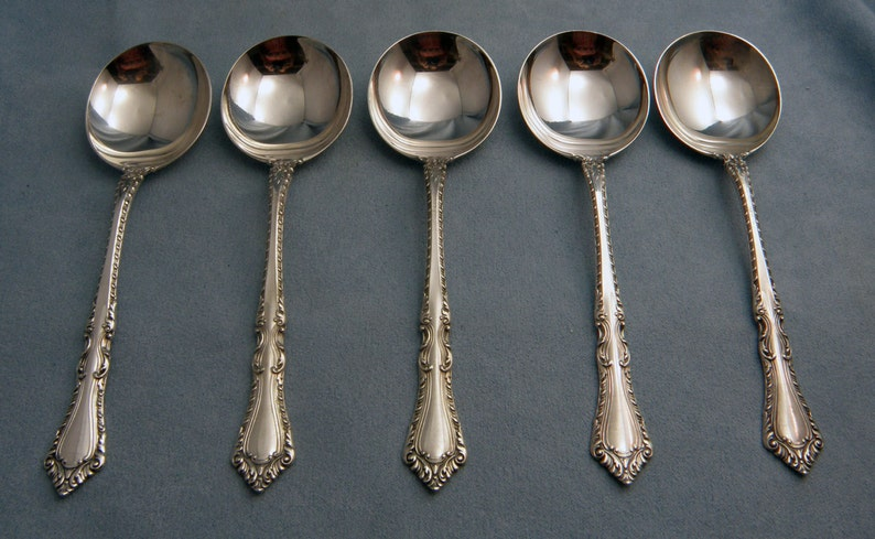 GADROONETTE S MANCHESTER STERLING CREAM SOUP SPOON