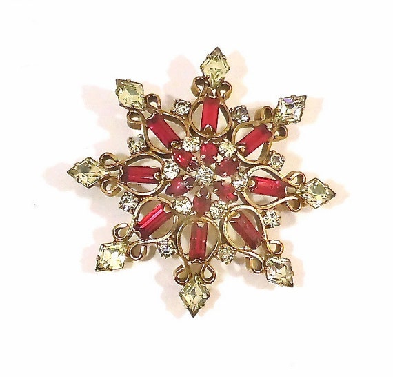 Trifari Style 1940/50's Ruby Red Brooch/Pendant