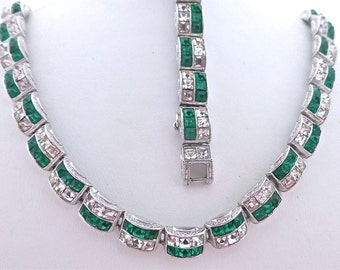 Ora Green and Clear Demi Parure