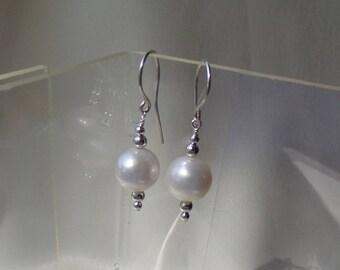 Pearl ball sterling silver earrings item 961