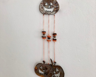 halloween decor cat pumpkin wind chimes scaredy cat chimes halloween chimes rusty metal chimes jack o lantern chimes scary cat decor