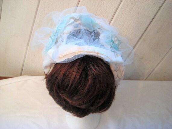 Blue white mini hat, floral Hat, veil hat, formal… - image 3