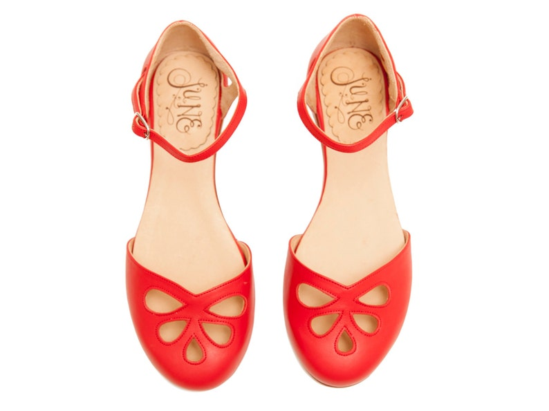 cfd0039d4ccb4f Cherry Pie Leather flat sandal in red. Vintage style.
