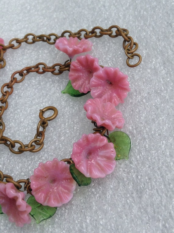 1930's Glass Flower Necklace