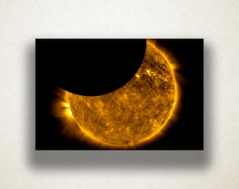 Solar Eclipse Canvas Art Print, Eclipse Wall Art, Astronomy Canvas Print, Close Up Wall Art, Canvas Art, Canvas Print, Home Art, Wall Art