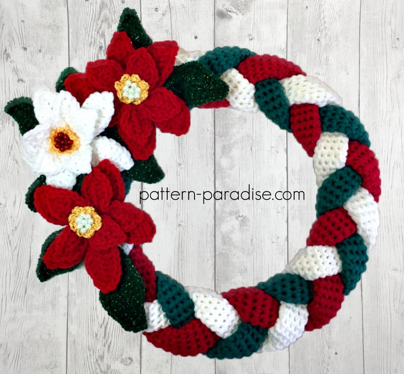 Crochet Pattern for Christmas Wreath Braided Wall Hanging image 0
