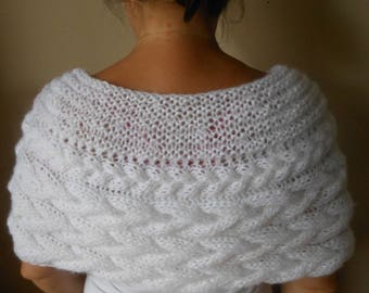 Cable Knitted Shawl Capelet Wedding Shrug Poncho Neck Warmer  White