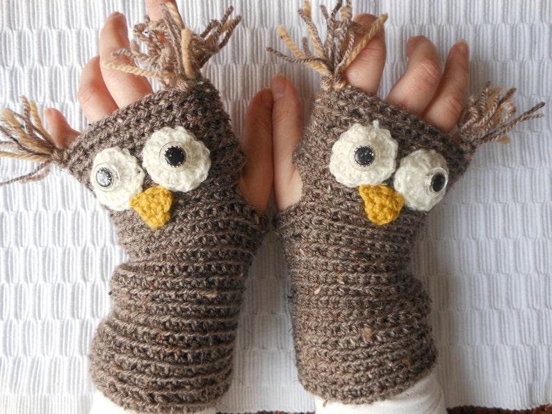 Crocheted Fingerless Mittens  Gloves Beige Owl image 0