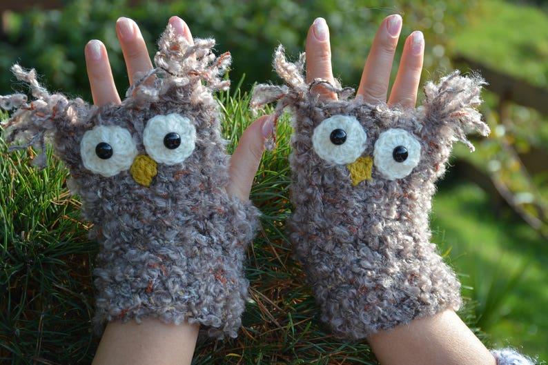 Crocheted Fingerless Mittens  Gloves Beige White Owl image 0