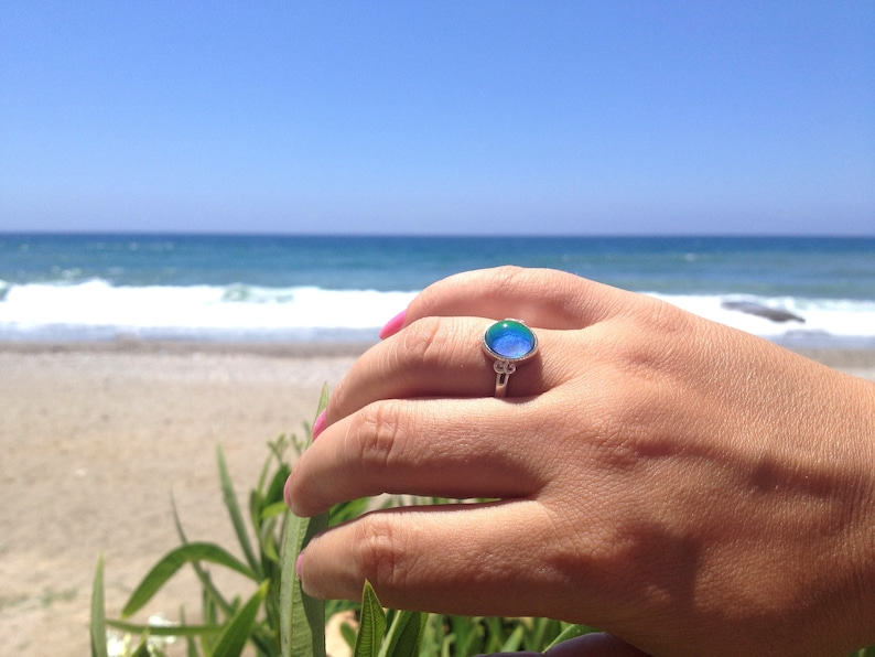 Star of Beauty Sterling Silver 925 10x8 mm Mood Ring