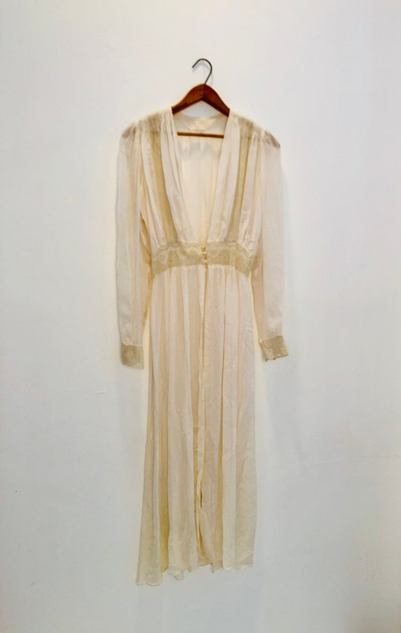 Slip / Dressing gown early 1920's