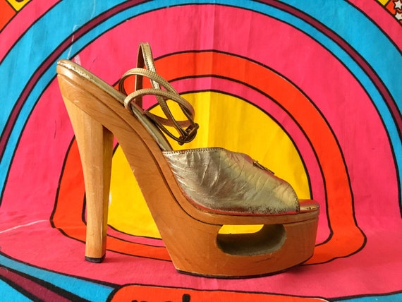 Rare 70s Wooden Platforms Fredericks of Hollywood