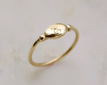 14k Gold Initial Ring, Initial Signet Ring, Dainty Initial Ring, Engraved Signet Ring, Diamond Initial Ring