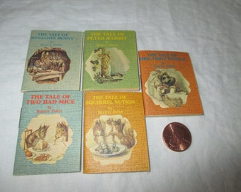 Beatrix Potter Miniature Books Set of 5 in case Merrimack Publishing Company