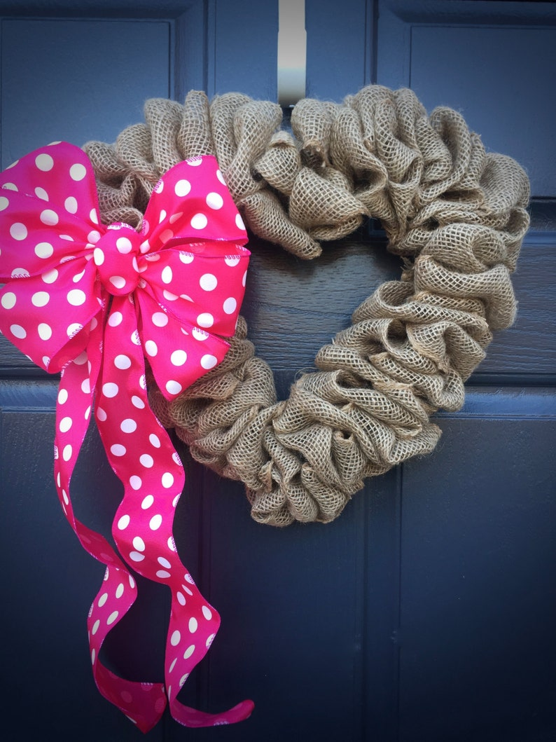 Heart Wreath Polka Dots Valentines Day Love Gift Pink image 0