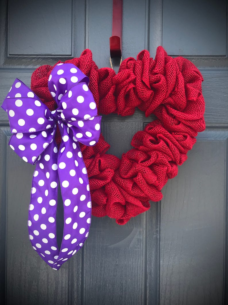 Red Heart Wreaths Red Decorations Polka Dots Red Purple image 0