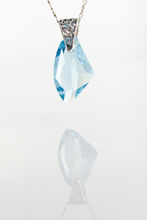 Collier de cristal Swarovski bleu aquamarine Pendentif   Etsy