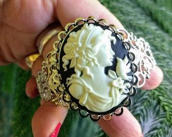 Woman Cameo Bracelet, Handmade Bracelet, Cameo Bracelet, Bohemian Jewelry, Victorian Jewelry