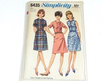 60s Peter Pan Collar Dress Pattern - Simplicity 6435 - Size 12 - 1966 Peter Pan Collar Dress - Vintage Pattern