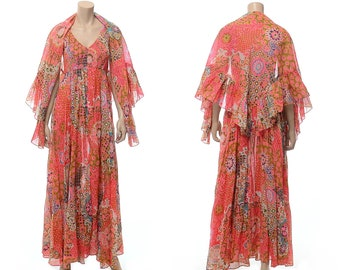 712232f4662 Vintage 70s Mod Floral Maxi Dress with Wrap Shawl Smocked Sleeveless Full  Sweep