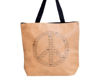Vegan leather: WORLD PEACE shoulder bag. Robust and moisture resistant