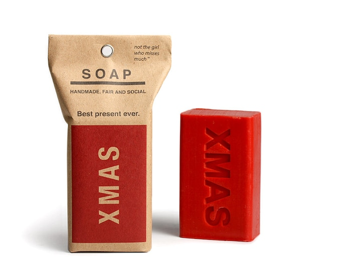 Soap X-MAS smells delicately of cinnamon and winter holidays