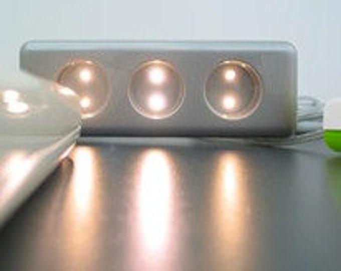 SOCKET LIGHT - funny LED light in the multiple socket