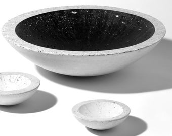 Concrete shell black