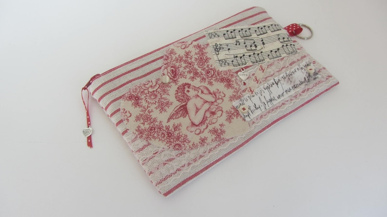 Clutch purse Angel Heart on French linen pouch Travel purse Alsace linen fabric purse with angel Card holder
