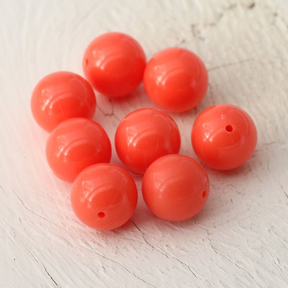 100 x 8mm Salmon Acrylic Round Beads