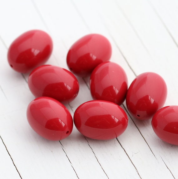 Vintage Italian Lucite Oval Beads - Red - 20mm - 8 beads