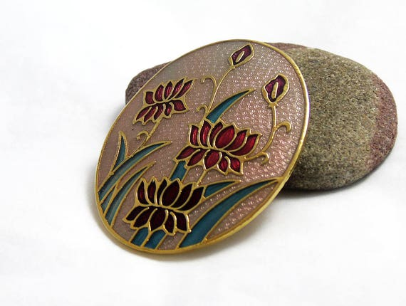 Vintage Oval Brooch Pin Black Enamel with Pink Rosebud Openwork Trailing Flower Stems Frame with Ice Rhinestone Centres with scalloped Rim