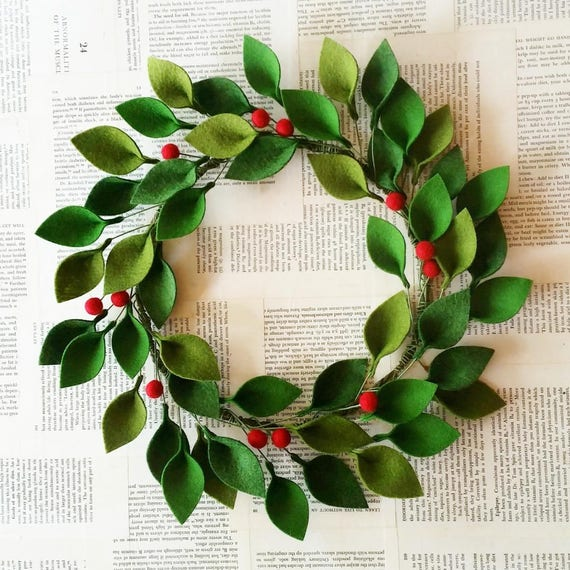 Christmas Leaves.18 Felt Christmas Wreath Green Felt Leaves And Holly Berries Modern Christmas Wreath Unique Christmas Decor Made To Order