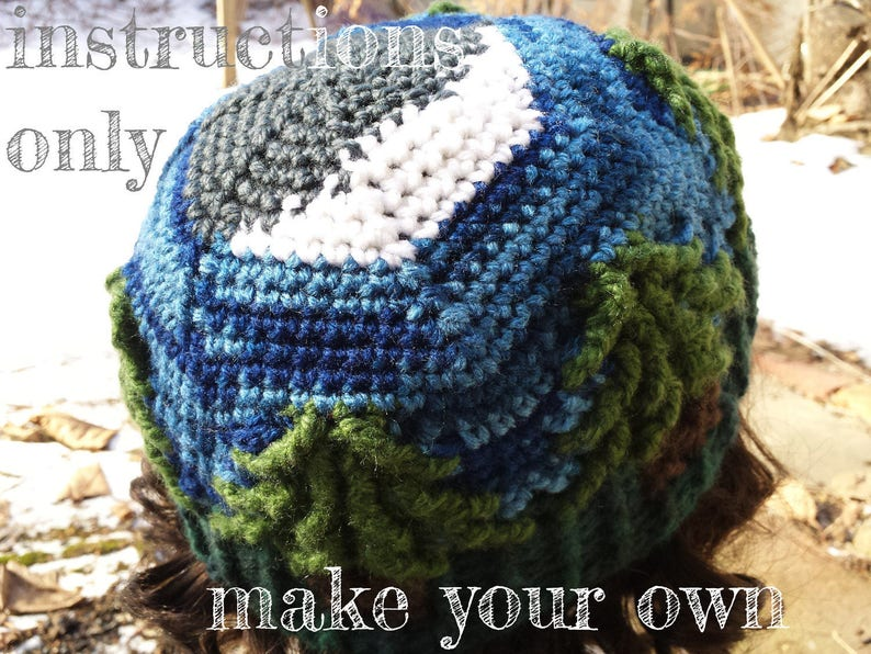 INSTRUCTIONS ONLY  Crochet your own Crescent Moon Treeline image 0
