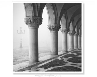 Doges Palace Venice Print, Gothic Architecture Black and White Photography, Venice Wall Art Gift For Architect, Venetian Travel Gifts